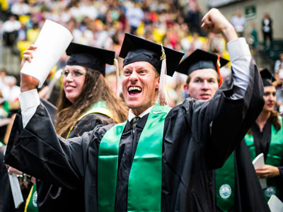 Uvu Graduation 2020.Utah Valley University Alumni Association Graduation 2019